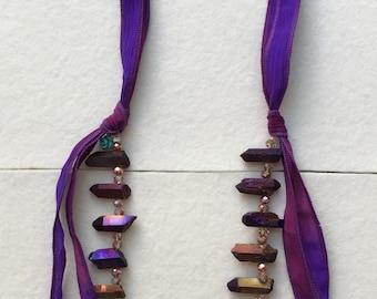 Iris rock crystal ribbon necklace