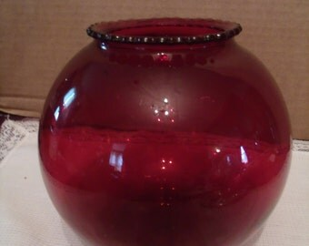Ruby red Ball Vase with Ruffled Edges