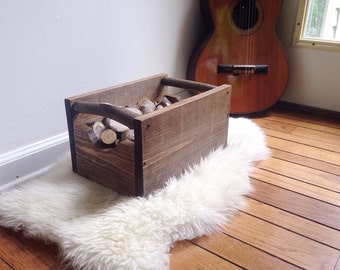 Rustic Medium Wooden Storage Crate