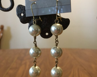 White Pearl and Gold Dangle Earrings