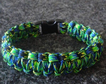 Blue/Green Camo Paracord Bracelet