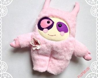 Handmade plush monster PuFmoN Loosje, The Cutie