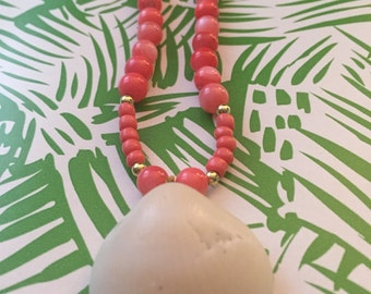 Coral Beaded Shell Necklace