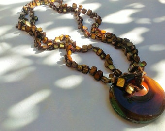 NECKLACE MOTHER OF PEARL BROWN