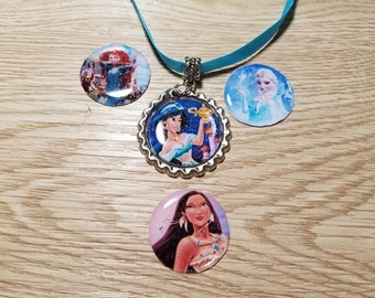 10 Blue Necklaces Party Favors. Pocahonta, Jasmine, Frozen, Merida, Cinderella