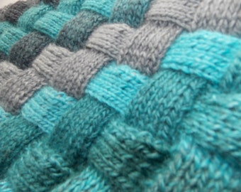 KNITTED SCARF SNOOD