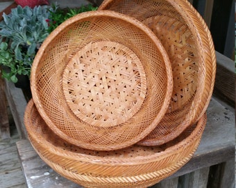 Vintage Asian Baskets Set of 3 Shallow Bamboo Nesting Baskets Boho Decor Chinese Baskets for Display or Storage Succulent Planter