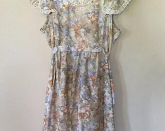 """1970s Floral Prairie """"Cult"""" lace dress"""