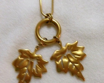 Talbots Gold Tone Rope Necklace With Leaves