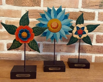 Set of 3 decorative wood hand painted flowers double sided vintage