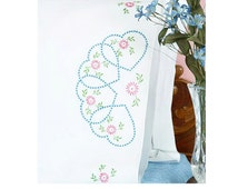 Embroidery - Stamped Embroidery & Cross Stitch - Jack Dempsey - Stamped White Pillowcases - Starburst of Hearts #1600-33