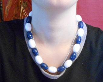 chunky necklace,white and blue necklace