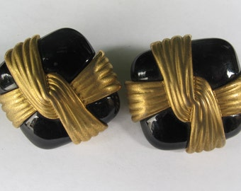 Vintage Black and Gold Earrings.