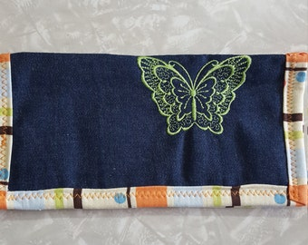 Embroidered coupon organizer/wallet