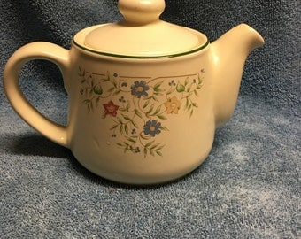 Tea Kettle - BhS Country Garland Pattern