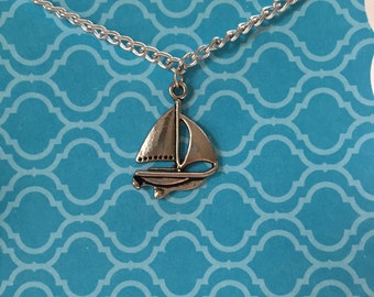 Saiboat Necklace