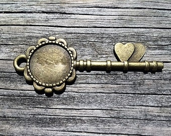 Personalized Antique Key Bouquet Charm /Pendant