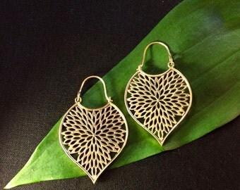 Filigree Leaf Polished Brass Earrings, Indian Leaf Earrings, Brass Indian Earrings, Leaf Shape Earrings