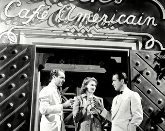 "Humphrey Bogart, Paul Henreid & Ingrid Bergman in the Film ""Casablanca"" - 8X10 or 11X14 Photo (DA-500)"