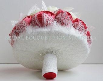 Wedding bouquet lace