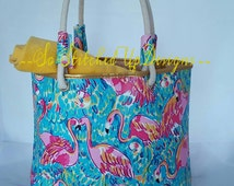 A very colorful Flamingo TOTE! Great for an everyday bag, Beach & Pool tote!