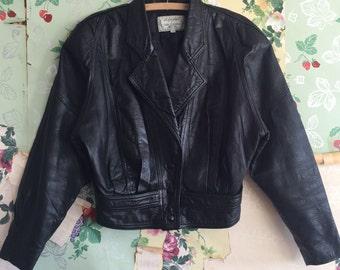 Vintage 1980s/1990s Black Crop Moto Leather Jacket. H & D Leather Jacket. Twin Connections. Medium.