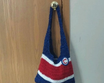 Crochet tote w badge or flowers