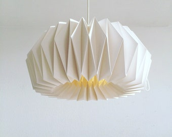 Origami paper Lamp ZÜRICH XL | Hand folded lamp shade | White pendant lamp for a living room | Scandinavian style handmade lamp