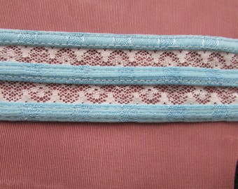 "Blue and White Binding with Lace 1 1/2"" wide 001 BTY"
