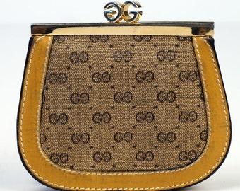Gucci Rare Vintage Double G Change Purse