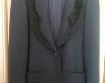 FENDI winter jacket with velvet collar and cuffs