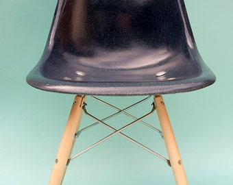 SOLD***Blue Eames fiberlass chair