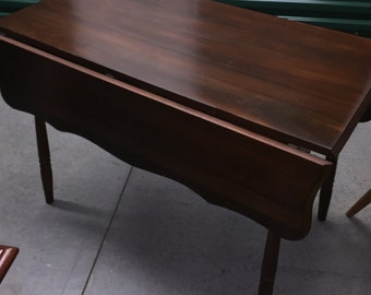 Antique Black Walnut Drop Leaf Table, Spindle legs, Scalloped leafs