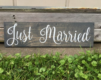 Just Married, Rustic Wooden Sign, Home Decor, Wall Art, Wedding Gift, Photo Prop, Gift, Customizable Sign, 20 X 5.5