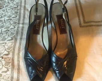 Vintage Bally Navy Peep Toe Pumps Size 8
