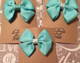 Girls aqua bows