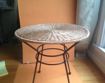 Retro Wicker Side Table End Table