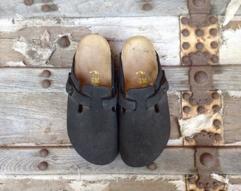 Birkenstock Closed-toe  Sandal Size 36