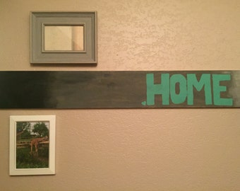 Home/last name sign