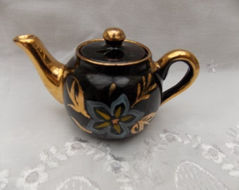 miniature teapot pin cushion convertion