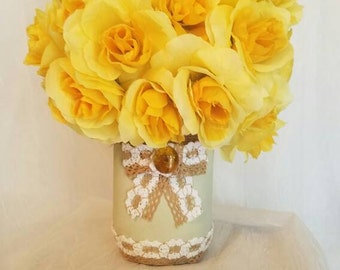 Country Elegance Centerpiece (Yellow)
