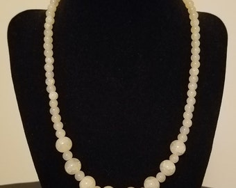 Beaded Necklace - Beige