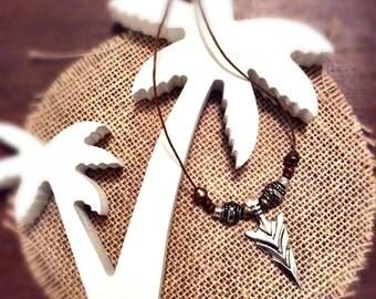 Goldwood Arrowhead necklace