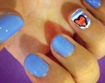 Loveheart nails