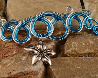 Blue collar with silver tiare flower