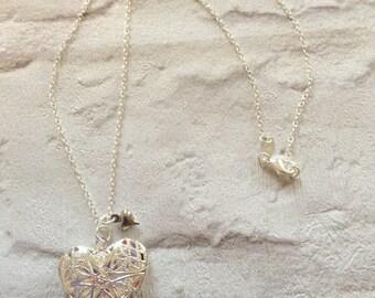Silver Locket Necklace, Silver Necklace, Silver Locket Heart Pendent, Heart Locket, Gift for Her, Silver Heart, Heart Locket Necklace.