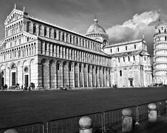 Black and White Print, Pisa, Leaning Tower of Pisa, Piazza Dei Miracoli, Italy, Architecture Print, Framed and Mounted Print