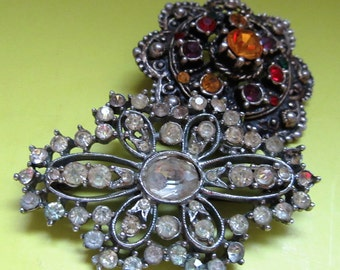 Vintage Gift Jewellery Costume Brooches, Vintage Jewellery - Colourful Stone in decorative Metal, Vintage Brooches,  Free UK P&P