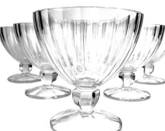 5 Large Vintage Clear Ice Cream or Sherbet Dessert Pedestal Glass Bowls, Americana Drugstore Soda Bar Chic Nostalgia