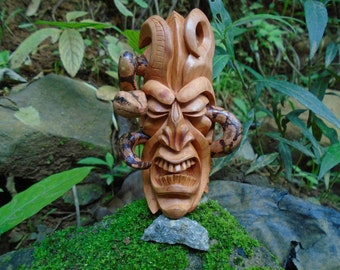 Mask Boruca, Warrior of the Boruca indigenous, made in wood, handmade, Warrior Indian tribe.